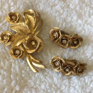 Brooch earring set vintage
